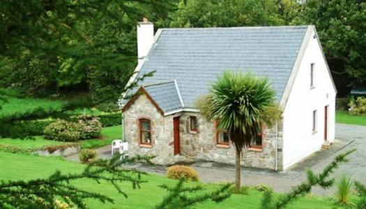 Cornode Lakeside Cottage