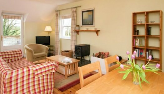 Riverrun Cottages – The Balcony Rooms